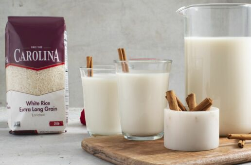 Mexican-Horchata-with-White-Rice-and-Cinnamon-Stick