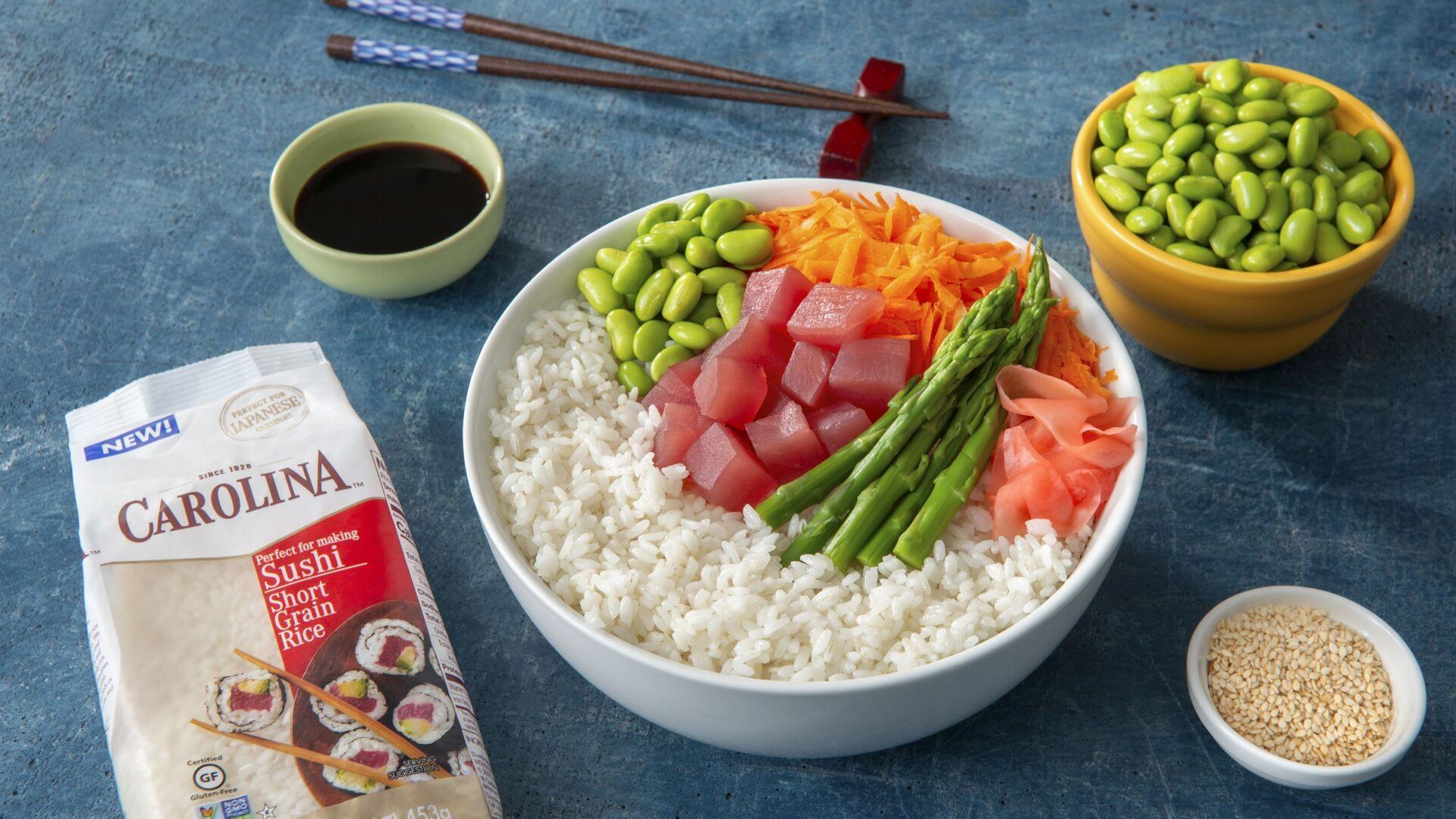 Poke Bowl de atún con arroz glutinoso y sésamo