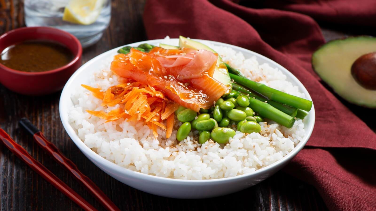 Salmon Avocado Poke Bowl With Sticky Rice Carolina Rice
