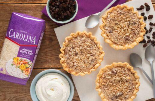 sweet-mini-pies-with-raisin-and-jasmime-rice