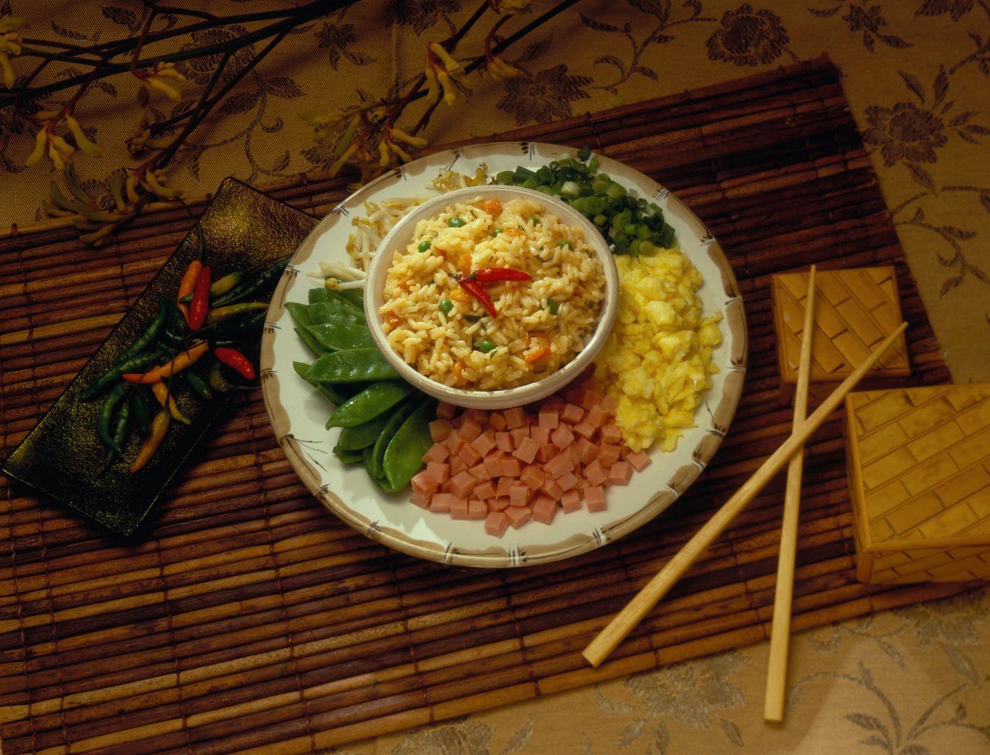 Arroz frito chino (chow fan)