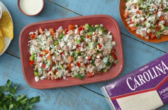 Rice and tuna salad made with canned tuna, jasmine rice, bell peppers and a mayonnaise dressing