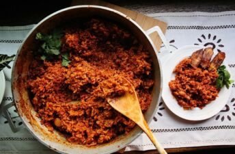Jollof Rice Recipe with Fried Platain made