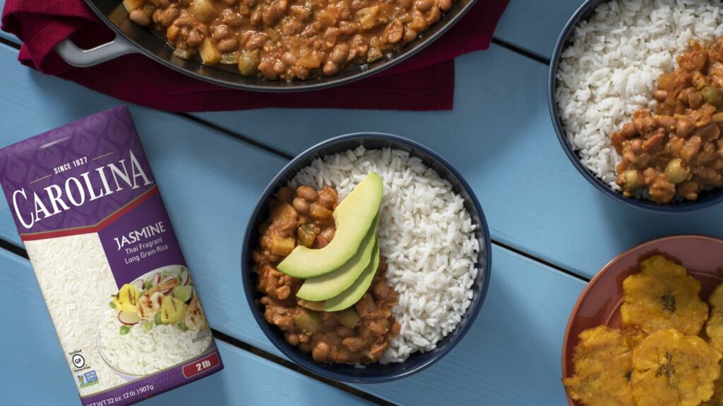 Arroz Habichuelas Guisadas Rice and beans dish