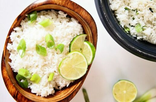 Easy coconut rice with lime