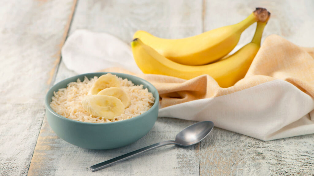 Breakfast bowl with bananas and basmati rice