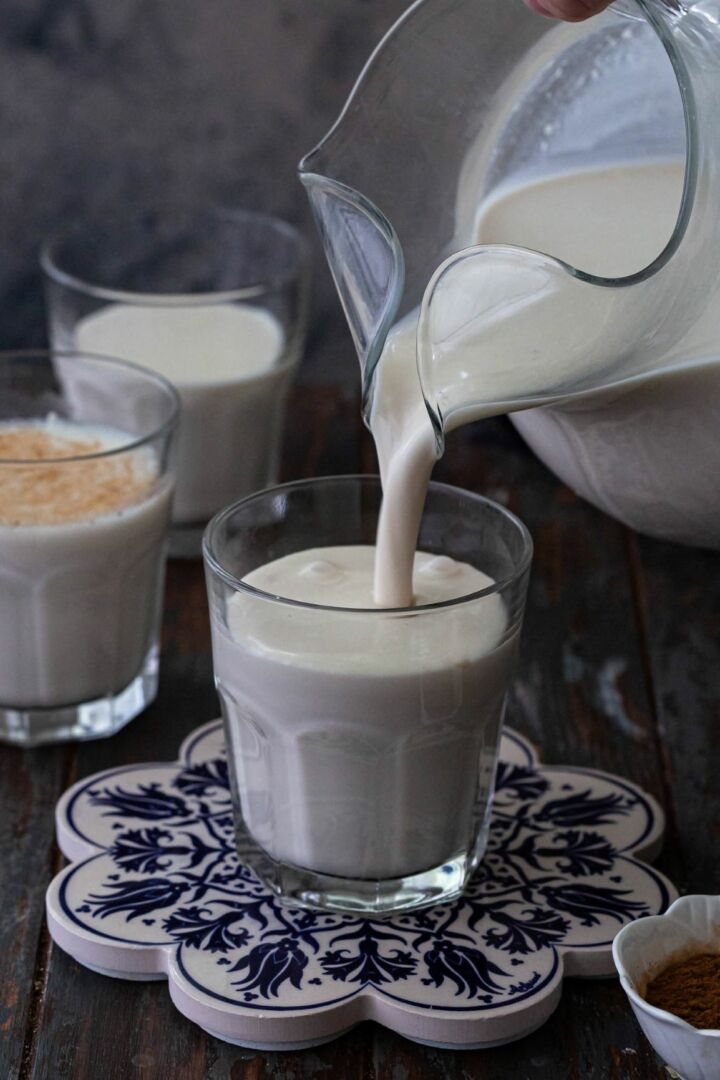 Pouring creamy horchata