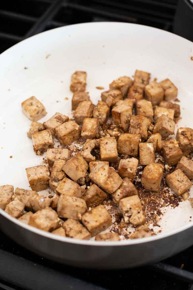 sauteeing marinated tofu