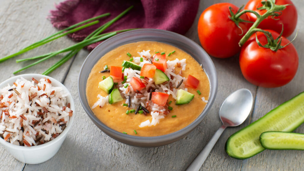 Fresh-tomato-and-cucumber-gazpacho-with-wild-rice-and-jasmine-rice