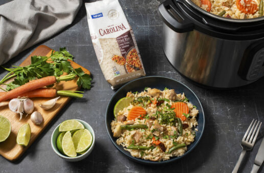 mexican-chicken-and-rice-with-carrots-and-lime-in-instant-pot